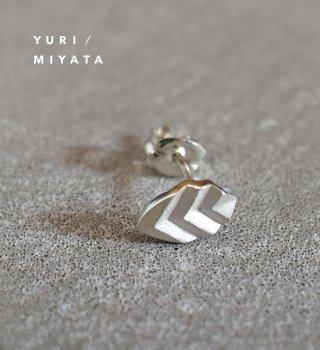 【YURI/MIYATA】ミヤタ ユリ Pierce Leaf / Stripe Silver
