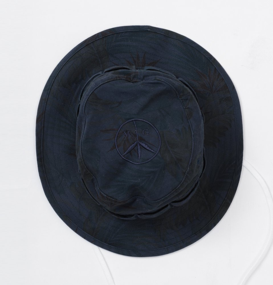 MR. GREEN HAT(NAVY)