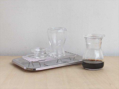 飲食に:ガラスミニ注ぎ