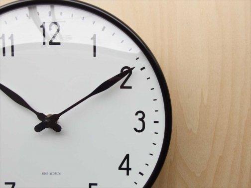 室内で:ザ壁掛け時計