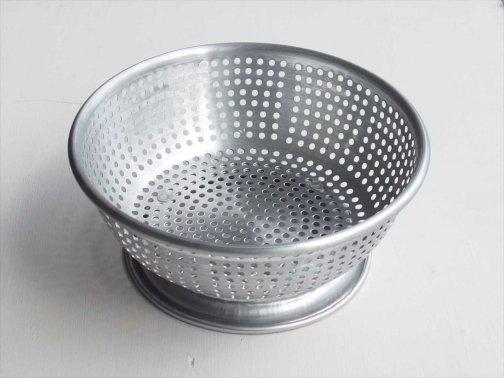 台所で:韓国コランダー