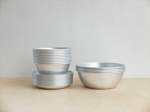 飲食に:金属器/アルマイト皿