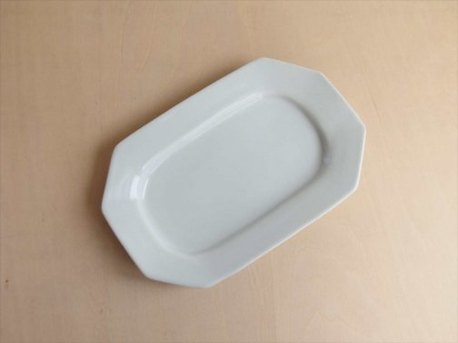 飲食に:八角楕円皿