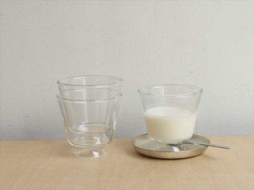 飲食に:ガラス碗