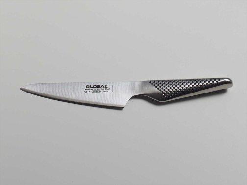 台所で:ペティナイフ