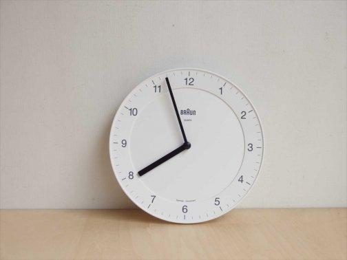 household:カバーのない壁掛時計(白)
