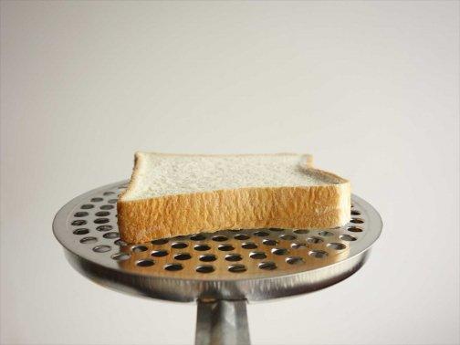 台所で:ガス火deトースト