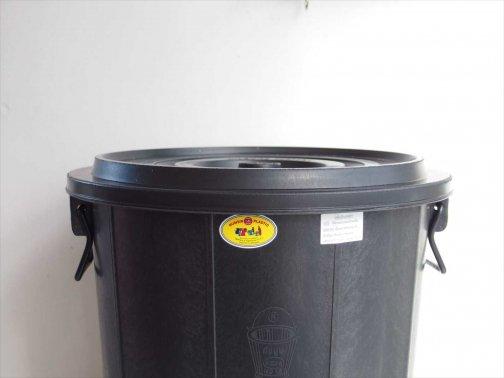 タイのゴミ箱