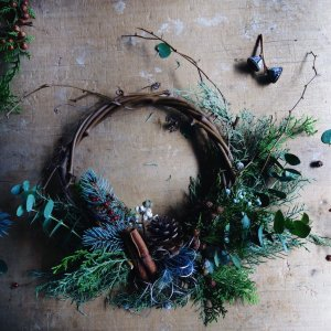 FRESH CHRISTMAS WREATH(L)
