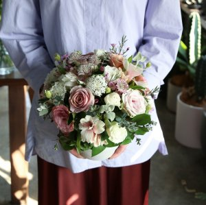 【5/10(月)~14(金)着】Mother's Day 2021 Arrangement -SWEET-