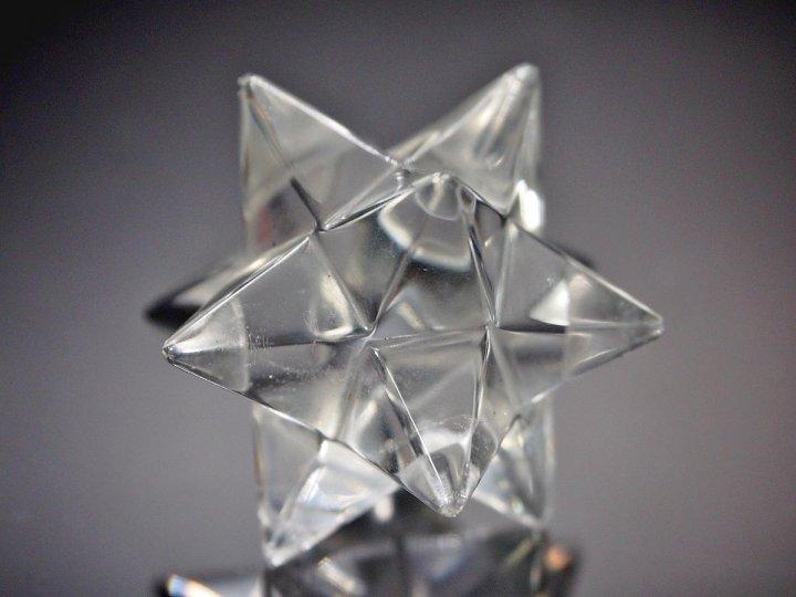 写真現物をお届け!超透明!高品質AAAAA☆ アステロイド型 水晶 【トマスゴンサガ産】 ☆最大幅 約40mm☆五芒星と六芒星の組み合わせた強力なアステロイド水…