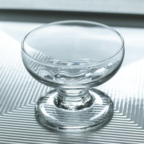 脚付きデザートグラス