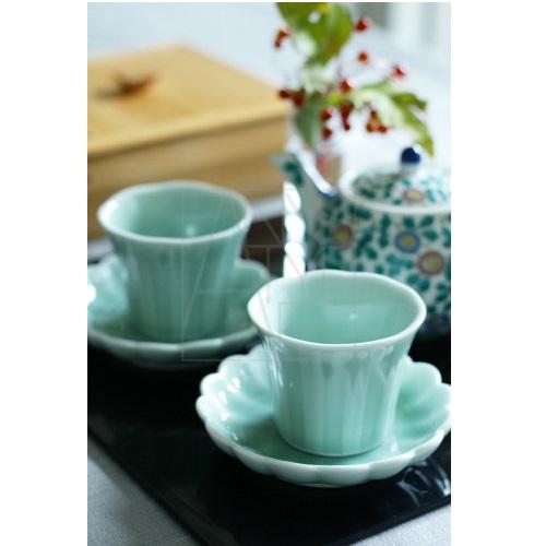 【伊万里焼】青磁 菊型4寸皿