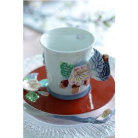 【有田焼】桜装飾カップ&ソーサー