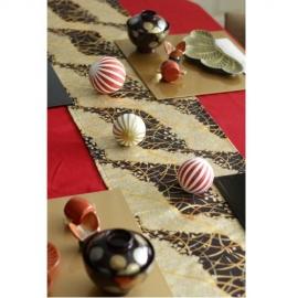 金襴桜テーブルランナー/黒