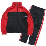 <img class='new_mark_img1' src='//img.shop-pro.jp/img/new/icons24.gif' style='border:none;display:inline;margin:0px;padding:0px;width:auto;' />30%OFF【NIKE】 ホワイトラインジャージセットアップ (95-120cm) RD/BK