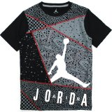 <img class='new_mark_img1' src='//img.shop-pro.jp/img/new/icons20.gif' style='border:none;display:inline;margin:0px;padding:0px;width:auto;' />23%OFF【JORDAN】マルチフロント総柄 Tシャツ (128-170cm) BK