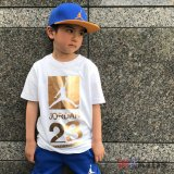 【JORDAN】 ゴールドプリントTシャツ (128-170cm) WH/GD
