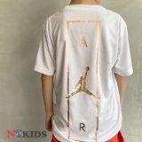 【JORDAN】DRI-FIT ピンクゴールドプリント Tシャツ (128-170cm) WH/PGD