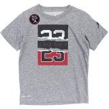 【JORDAN】DRI-FIT コラージュロゴ Tシャツ (96-122cm) GY
