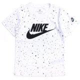 【NIKE】キラキラ総柄 フューチュラロゴ Tシャツ (96-122cm) WH/BK