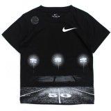 【NIKE】DRI-FIT コートフォトTシャツ (96-122cm) BK