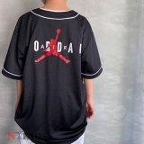 【JORDAN】スタンダードロゴ ベースボールシャツ (128-170cm) BK