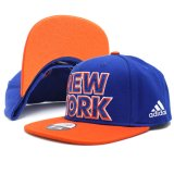 <img class='new_mark_img1' src='//img.shop-pro.jp/img/new/icons20.gif' style='border:none;display:inline;margin:0px;padding:0px;width:auto;' />30%OFF【adidas】NYニックス NEW YORK スナップバックキャップ  (56〜59cm) BL/OR