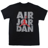 <img class='new_mark_img1' src='//img.shop-pro.jp/img/new/icons20.gif' style='border:none;display:inline;margin:0px;padding:0px;width:auto;' />30%OFF【JORDAN 】 AIR JORDAN ジャンプマンプリント Tシャツ (128-140cm) BK