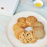 数量限定『バターを使った薬膳クッキー』ギフトボックス(16枚入り)
