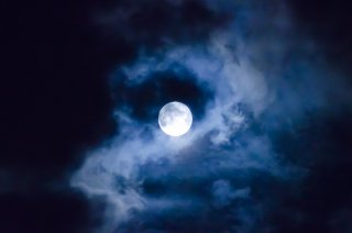 2019/10/14(月)牡羊座の満月ヒーリング〜自分の情熱を信じて進む。逆境から恵みを受け取りスピーディに流れに乗る〜