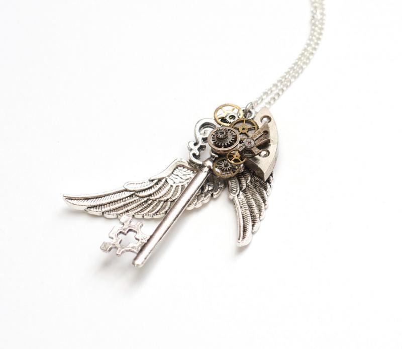 銀翼×歯車 スチームパンク 鍵ネックレス , クリスタル