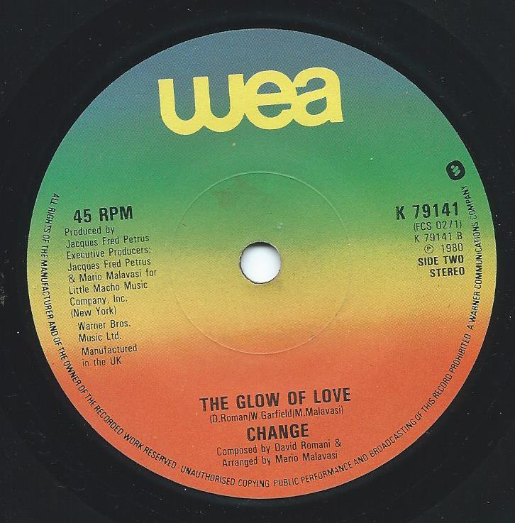 CHANGE / THE GLOW OF LOVE / A LOVER'S HOLIDAY (7
