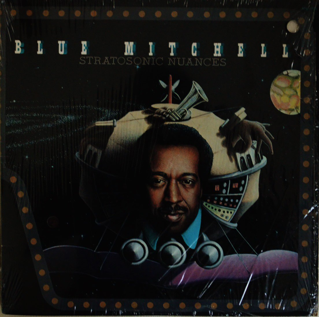 BLUE MITCHELL / STRATOSONIC NUANCES (LP)