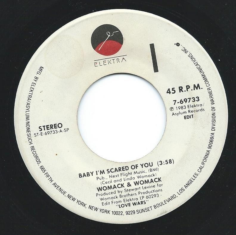 WOMACK & WOMACK / BABY I'M SCARED OF YOU / A.P.B. (7