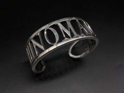 silly essence/NOMAD bangle/silver