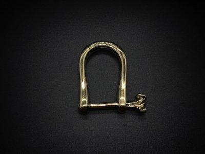 silly essence/bone screw key shackle/brass