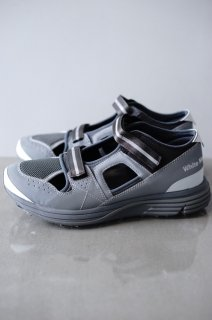 WhiteMountaineering(19SS)/ホワイトマウンテニアリング/REFLECTIVE CONTRASTED VIBRAM SOLE SANDAL<img class='new_mark_img2' src='https://img.shop-pro.jp/img/new/icons15.gif' style='border:none;display:inline;margin:0px;padding:0px;width:auto;' />