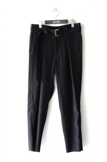 CULLNI(19AW)/クルニ/Belted Trousers<img class='new_mark_img2' src='https://img.shop-pro.jp/img/new/icons15.gif' style='border:none;display:inline;margin:0px;padding:0px;width:auto;' />