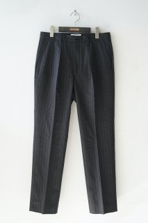 WELLDER(21SS)/ウェルダー/Slim Two Tuck Trousers<img class='new_mark_img2' src='https://img.shop-pro.jp/img/new/icons14.gif' style='border:none;display:inline;margin:0px;padding:0px;width:auto;' />