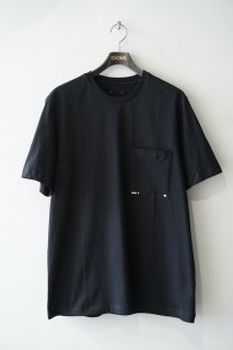 LOGO POCKET T-SHIRT<img class='new_mark_img2' src='https://img.shop-pro.jp/img/new/icons14.gif' style='border:none;display:inline;margin:0px;padding:0px;width:auto;' />