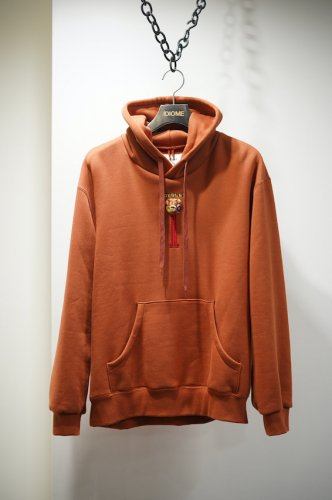 PUPPET EMBROIDERY HOODIE brown<img class='new_mark_img2' src='https://img.shop-pro.jp/img/new/icons14.gif' style='border:none;display:inline;margin:0px;padding:0px;width:auto;' />