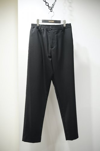 WOOL TROUSERS<img class='new_mark_img2' src='https://img.shop-pro.jp/img/new/icons14.gif' style='border:none;display:inline;margin:0px;padding:0px;width:auto;' />