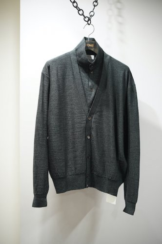 DOUBLE LAYER CARDIGAN<img class='new_mark_img2' src='https://img.shop-pro.jp/img/new/icons14.gif' style='border:none;display:inline;margin:0px;padding:0px;width:auto;' />