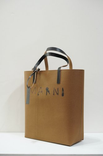 TRIBECA SHOPPING BAG kamut<img class='new_mark_img2' src='https://img.shop-pro.jp/img/new/icons14.gif' style='border:none;display:inline;margin:0px;padding:0px;width:auto;' />