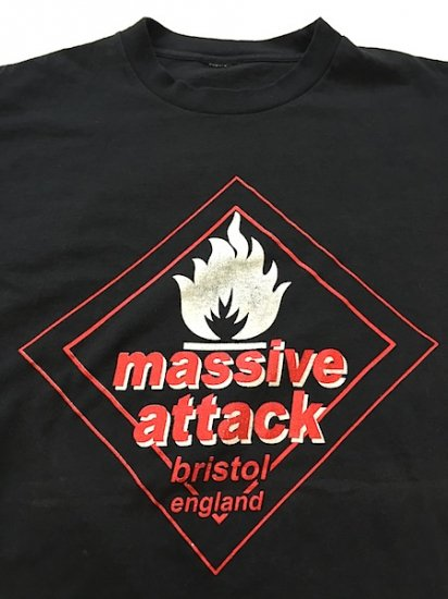 massive attack( Only at Live !!! )