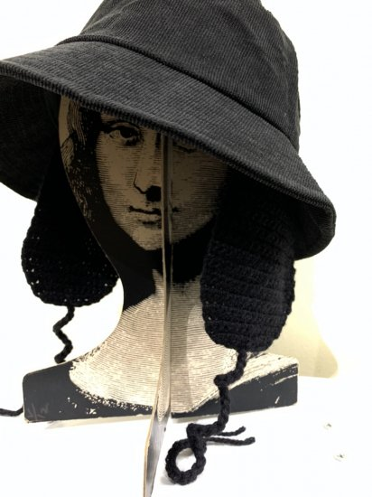 ENDLESS NAMELESS EARMUFF HAT