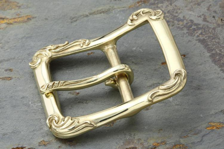 RELIEF BUCKLE brass (L)写真その1