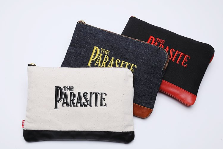 PARASITE DENIM CLUTCH BAG写真その1
