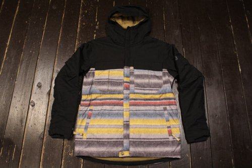 <img class='new_mark_img1' src='https://img.shop-pro.jp/img/new/icons14.gif' style='border:none;display:inline;margin:0px;padding:0px;width:auto;' />686 AUTHENTIC MONIKER INSULATED JACKET BLANLET